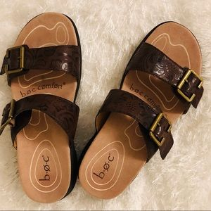 BOC Two Strap Embossed Leather Sandals Sz 7